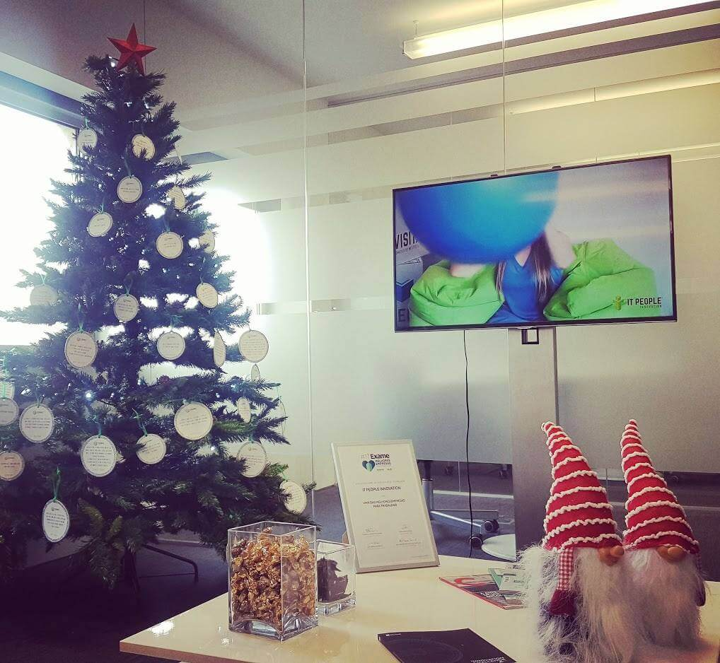 Pinheiro de Natal - IT People Innovation - Christmas Tree - Navidad